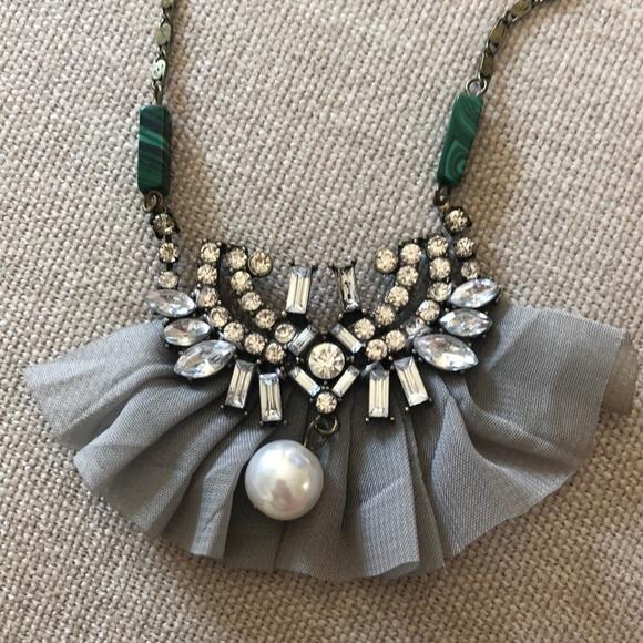 Anthropologie unique long necklace ✨